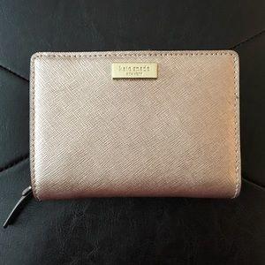 Kate Spade ♠️ rose gold wallet